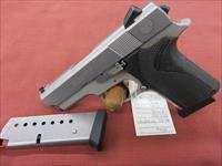 Smith & Wesson 4053 Compact