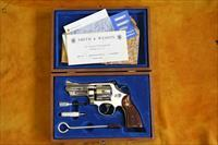 "S.&.W. - MODEL 27-2 - 3 1/2"" - NEW/UNFIRED - W/ PRESENTATION BOX - TARGER HAMMER - TARGET TRIGGER"