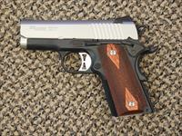 SIG SAUER 1911 ULTRA COMPACT TWO-TONE 9 MM