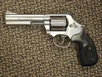 S&W 686-PLUS 5-INCH, UNFLUTED CYLINDER, 7-SHOT, .357 MAGNUM