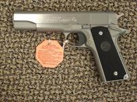 COLT GOVERNMENT MODEL 1911 STAINLESS .38 SUPER