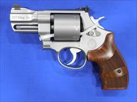 S&W PERFORMANCE CENTER MODEL 627 REVOLVER 8-SHOT .357 MAGNUM SNUBNOSE...
