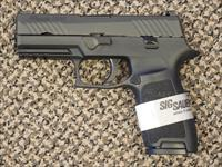"SIG SAUER P-320 ""CARRY"" 9 mm PISTOL"