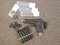 CUSTOM S&W MODEL M&P-40 WITH LOADS OF EXTRAS!!!!!!
