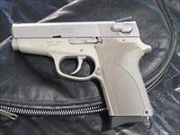 SMITH & WESSON 9mm LADY SMITH 3913 **NOT CA. TRANS.**