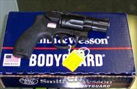 Smith & Wesson Bodyguard 38 w/laser