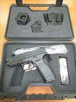 Springfield XD-45 Like new in Original Case with 2 magazines