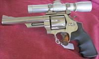 S&W MODEL 29 44 MAGNUM, 6 INCH BBL NICKEL & LEUPOLD 2X SCOPE