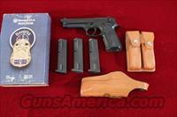 Beretta 92F 9mm w/3 mags, Bianchi pouch, and holster