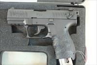 Walther P22 .22lr, Like New in the case with 2 Magazines