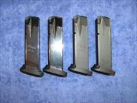 4 P226 mags 9mm 15 rd Sig with basepads used $27 ea