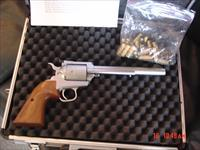 "North American Arms .450 Magnum Express,single action,very rare  hand cannon,7 1/2""barrel,satin stainless,wood grips,5 shots,never fired,heavy aluminum carry case,"