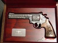 Smith & Wesson 629-6, The Rising Eagle,fully deep relief engraved by Merlin Enright at Altamonte,6 1/2