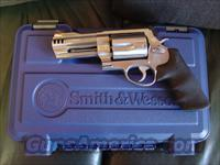 "Smith & Wesson Model 500,4""barrel,500 S&W magnum,hand cannon,with 2 comps,box,manual,etc-satin stainless,test fired only-as new !"