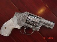"Smith & Wesson 640-3,357MAG,fully deep hand engraved by Flannery Engraving,Pearlite grips,2.125"",never fired,a true work of art pocket cannon !!"