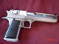"Magnum Research/IMI Desert Eagle 44 mag,hard chrome-like a satin stainless,6"".original box & manual,IMI grips,great looking hand cannon,made in Israel"