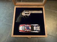 Smith & Wesson 686-6, NASCAR edition, car #30, lightly engraved with gold car & gold #30,357 mag, fitted pres. case,box, manual, etc