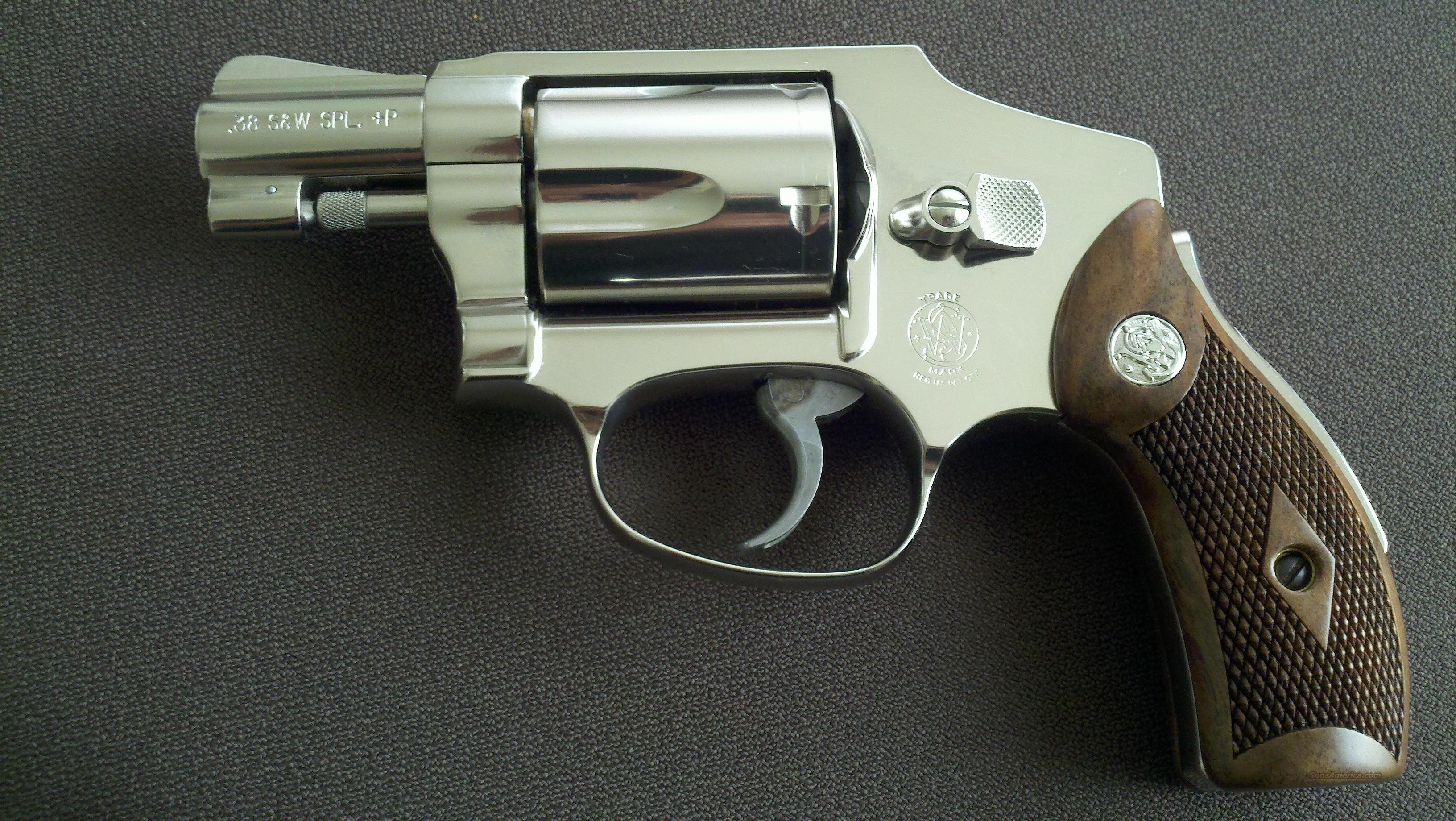 NEW Smith & Wesson 40-1 Model 40 Classic J Fram... for sale