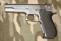 Smith & Wesson Model 4506