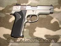 Smith & Wesson 4043