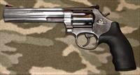 Smith & Wesson 686-6 Plus
