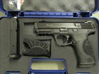 Smith & Wesson Model M&P9 Pro Series with Night Sights 9mm 178035