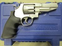 Smith & Wesson Model 627 Pro Series Stainless 8-Shot .357 Magnum