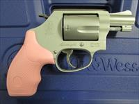 Smith & Wesson Model 637 AirWeight Pink Grips .38 Special 150467