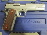 Smith & Wesson SW1911 FS SS Adj Sight 1911 .45 ACP 108284
