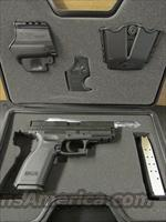 Springfield XD Essential Package .40 S&W XD9102HCSP06