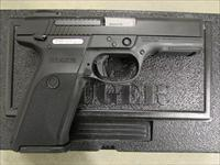"Ruger SR9 4.14"" Black 17-Rd Semi-Auto 9mm 3321"