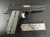 Dan Wesson V-Bob Valor Series Black-Duty Finish Commander 1911 .45 ACP