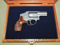 Smith & Wesson Model 640 Engraved with Case .357 Magnum 150784