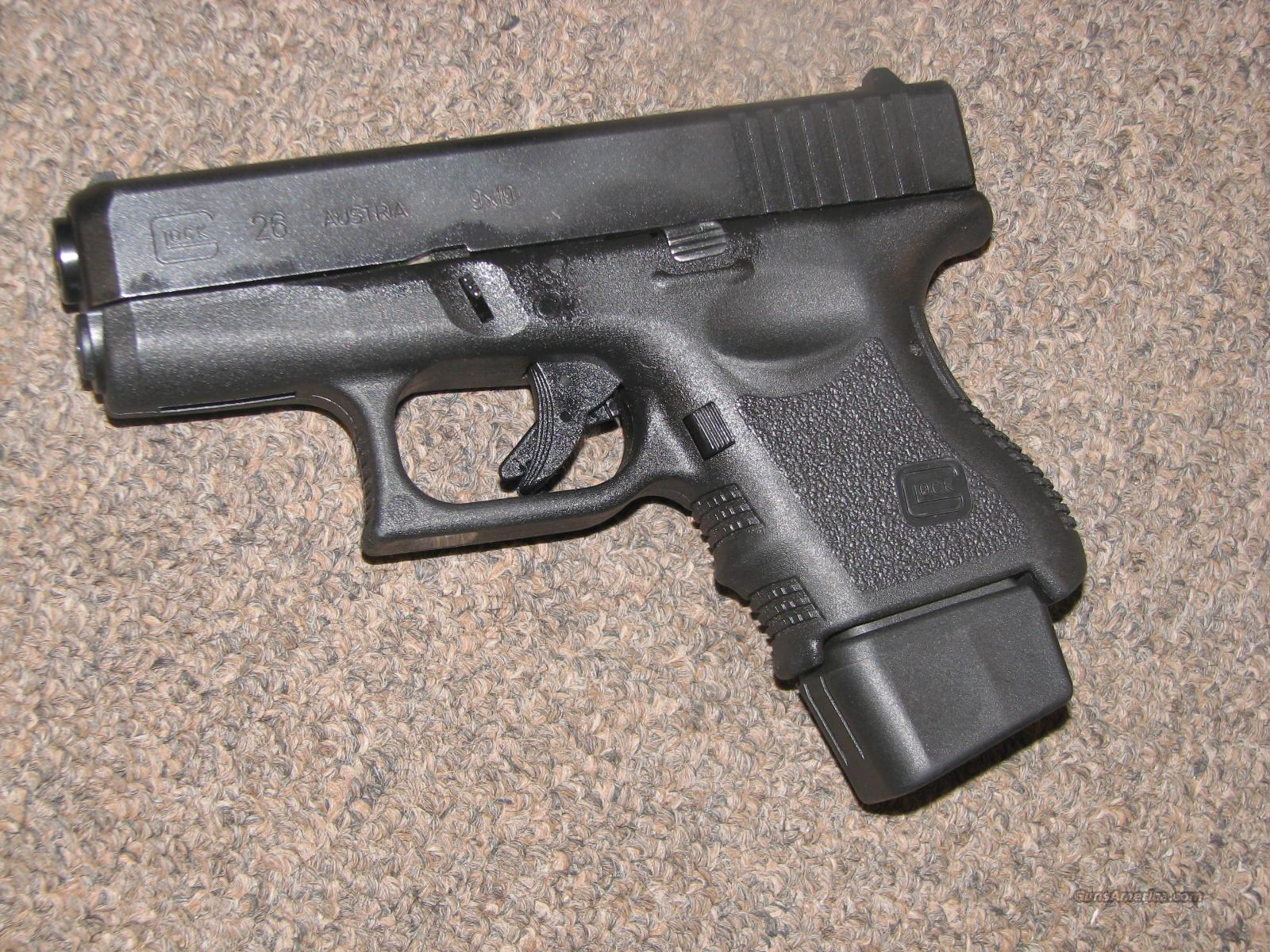 GLOCK 26 9mm w/ EXTENDED MAG for sale  GLOCK 26 9mm w/...