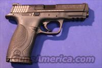 SMITH & WESSON M&P 9mm w/ FULL CARRY/RANGE KIT