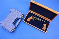 SMITH & WESSON 29-10 .44 MAG w/PRESENTATION BOX