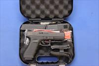 GLOCK MODEL 22 GEN 4 .40 S&W w/FULL KIT - 3 MAGS