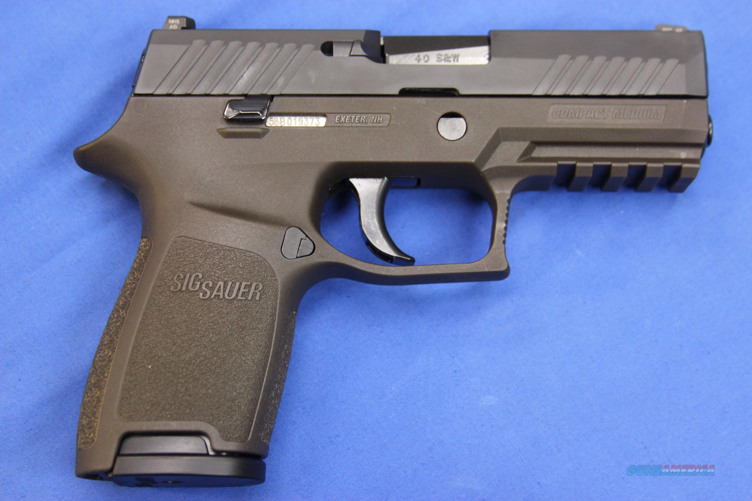 SIG SAUER P320 COMPACT  40 S&W ODG w/ BOX & EXTRA MAG
