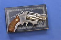 SMITH & WESSON 60 No Dash STAINLESS .38 SP w/BOX
