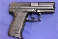 HECKLER & KOCH P2000 9mm w/ BOX & EXTRA MAG.