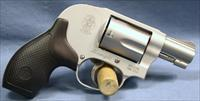 Smith & Wesson 638-3 Airweight Small Bodyguard Double Action Revolver 38 Special