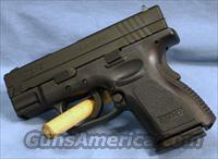 Springfield Armory XD9 Sub-Compact Semi-Automatic Pistol 9mm