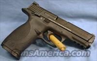 Smith and Wesson M&P40 Semi-Automatic Pistol 40 S&W