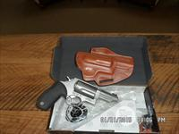 "TAURUS ""JUDGE"" STAINLESS 45 LONG COLT / .410 GA. 3"" CHAMBER 5 SHOT REVOLVER W/DeSANTIS LEATHER HOLSTER,ALL LIKE NEW W/ BOX."