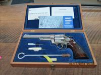 "SMITH & WESSON MODEL 29-2  6 1/2"" NICKEL 44 MAGNUM REVOLVER (MFG. 1975) AS NEW IN ORIG.PRESENTATION BOX WITH PAPER WORK!"
