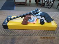 RUGER NEW MODEL SINGLE SIX CONVERTIBLE 22L.R. / 22MAGNUM LOOKS TEST FIRED ONLY 99.5% IN ORIG.BOX