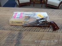 A.UBERTI MODEL 1875 OUTLAW 45 COLT COWBOY ACTION REVOLVER FIRED 6 TIMES ONLY SINCE NEW.99% BOXED