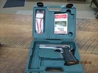 PARA 1911 MODEL EXPERT STAINLESS 45 ACP PISTOL (VERY LIGHTLY FIRED) ALL LIKE NEW IN FACTORY HARD CASE WITH PAPERWORK.