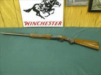 6941 Winchester 101 field 20 gauge 26 inch barrels, ic/mod, Winchester butt plate, all original,97-98%, ejectors, pistol grip with cap, bores/clean/shiny, opens/closes/tite,nicely grained walnut. very clean, excellent condition.