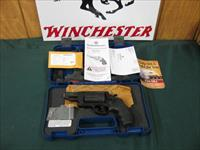 6201 Smith Wesson GOVERNOR 45/410, 2 3/4 inch barrel 6 shots,moon clips, box papers. NEW IN BOX WITH ALL PAPERS
